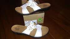NEW $79 Womens Clarks Leisa Lolly Sandals, size 9     shoes