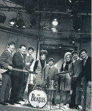 Helen Shapiro UNSIGNED photo - 664 - With The Beatles