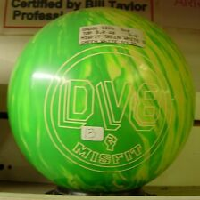 13# Former Display DV8 MISFIT Green/White Solid Bowling Ball