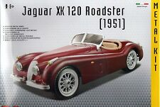 JAGUAR XK 120 Roadster Die-cast metal model AUTO KIT DA BURAGO, SCALA 1:24 NUOVO
