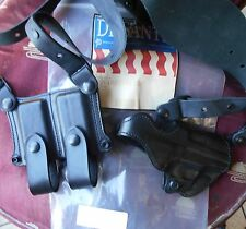 Desantis NY Undercover Leather Shoulder Rig Sig Sauer P226 Black Right AO42