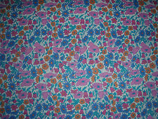 "LIBERTY OF LONDON TANA LAWN FABRIC DESIGN ""Poppy & Daisy""  1.1 Metres"