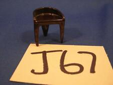 J67 VINTAGE PLASCO TOY MINIATURE DOLLHOUSE FURNITURE CHAIR