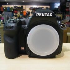 Used Pentax K-5IIS DSLR Body (211 actuations) - 1 YEAR GTEE