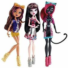 Monster High Boo York de TOMBERS Muñecas Catty Noir, Draculaura, Clawdeen Wolf