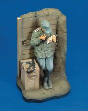 Royal Model 1:16 Letter From Home (Crimea 1943) - Resin Figure #115