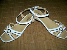 GEOX weiße Sommer Sandaletten 38 UK 5 Riemchen Leder flach Damen Schuhe AAI3