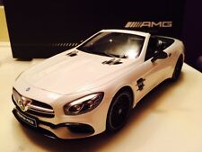 GT Spirit Mercedes Benz AMG SL 63 Facelift R 231 White Dealer LE of 1967 1/18