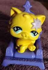 Littlest Pet Shop Cat #692 Persian Yellow Purple Throne Chair McDonald Diamond