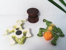 "(2) Ceramic Tobacco Smoking Pipes - Frogs - w/ Free 2"" Wood Grinder Glass Alt"