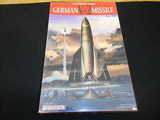 DRAGON 9002, 1/35 GERMAN V-2 MISSILE PLASTIC MODEL KIT