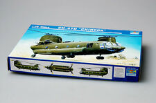 Trumpeter 1/72 01622 CH-47D Chinook Helicopter