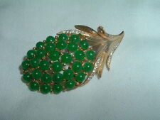 VINTAGE ESTATE GREEN CELLULOID AND RHINESTONE FLOWER PIN IN GIFT BOX