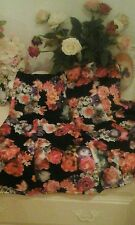 Black thick floral roses multi print skirt Size 12
