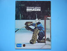 1972/73 VANCOUVER CANUCKS VS BUFFALO SABRES HOCKEY PROGRAM ROGER CROZIER