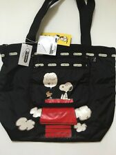 NWT LeSportsac Peanuts Deluxe Hailey Zippered Tote Bag in Snoopy Surprise