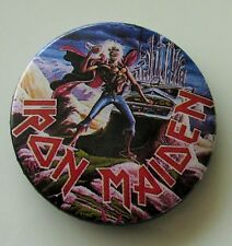 IRON MAIDEN VINTAGE 32mm METAL PIN BADGE FROM 1985 MADE IN ENGLAND VINTAGE RETRO