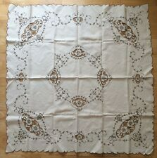 VINTAGE 30s DECO IRISH LINEN UNUSED TABLECLOTH EMBROIDERY CUTWORK BOUTIQUE HOME