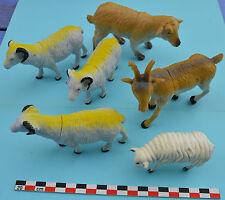 Lot 6 grandes figurines de moutons, chèvre (capridés) en plastique dur