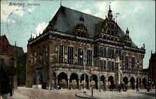 Bremen Ansichtskarte 1909 gelaufen Straßenpartie am Rathaus Personen Laternen