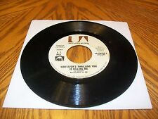 HILL, Z.Z.-Whoever's Thrilling You Is Kiling Me/Keep On Lovin U 45 rpm 1974