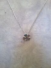 SHAMROCK SHAPED NECKLACE AND CHAIN (BRAND NEW) GOLD COLOUR