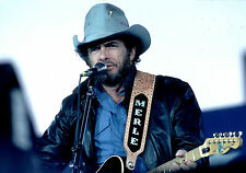 MERLE HAGGARD 8X10 GLOSSY PHOTO PICTURE