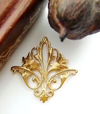 BRASS Filigree Acanthus Leaf Stamping - Findings - Connector (CB-3052)