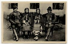 RUSSIE Russia Théme Types russes costumes personnages groupe Huculok huculové