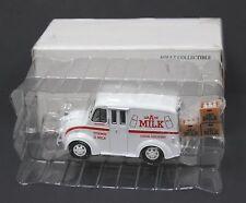 Road Champs 1:43 1950 Divco Van Grade A Milk MIB 1999 w Milk Crates