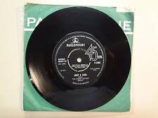 "DENNY SEYTON GROUP: Just A Kiss-Flowers By The Trees-U.K. 7"" 65 Parlophone R5363"