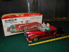 Vintage Red China PHOTOING ON CAR Car Battery Operated w/Box Works Tin Toy Car