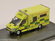 MERCEDES SPRINTER LONDON AMBULANCE 1/76 scale model OXFORD DIECAST