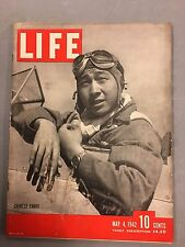 LIFE MAGAZINE MAY 4, 1942 CHINESE PILOTS WWII MALTA BOMBINGS FENCING ROLL HONOR