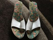 Ted Baker Ladies White Wedge Mules Size 7. Good Condition.