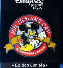 Mickey Runaway Brain Pin Trading Day Disney DLP DLRP Paris LE 400 OC