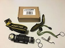 ArmyTek Wizard Pro XP-L v3 1200 LED lumen Black/Silver Headlamp Flashlight