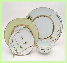 Factory New Medard de Noblat 'Jardin de Flore' 4 Piece Place Setting