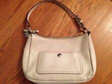 COACH Chelsea A0782-F10890 beige ivory Pebbled Leather Hobo Med Shoulder Bag