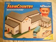 Ertl Farm Country Toy Livestock Auction Sale Barn Animal Set MIP 1/64!! Tractor