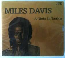 COFFRET GOLD MILES DAVIS - A NIGHT IN TUNISIA  2CD NEUF