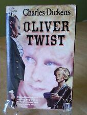 Oliver Twist Charles Dickens Pocket Book 519 1948 Vintage Paperback 1st Edition