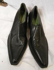 women's GUESS shoes, made in Italy size 6, black