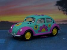 VOLKSWAGEN BEETLE HIPPIE VW BUG 1/64 SCALE COLLECTIBLE DIECAST MODEL - DIORAMA