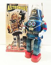 BRAND NEW OSAKA TIN TOY INSTITUTE BATTERY OPERATED ASTRONAUT TIN ROBOT MINT