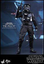 Hot Toys 1/6 MMS324 Star Wars: The Force Awakens First Order TIE Pilot free ship