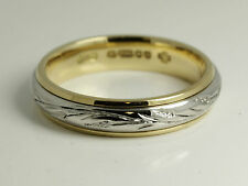 PLATINUM 950 & 18 ct yellow GOLD 4MM engraved WOMENS /gents WEDDING band RING