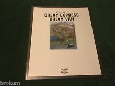 MINT CHEVROLET 1997 CHEVY EXPRESS AND VAN 26 PAGE SALES BROCHURE NEW (BOX 695)