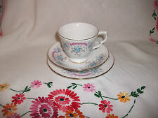 GAINSBOROUGH PRETTY AFTERNOON TEA CUP SAUCER & TEAPLATE  TRIO PALE BLUE/PINKS