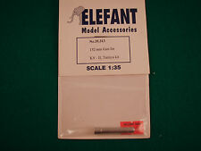 Elefant 1/35 Model Kit - Russian WWII 152mm Gun KV-II